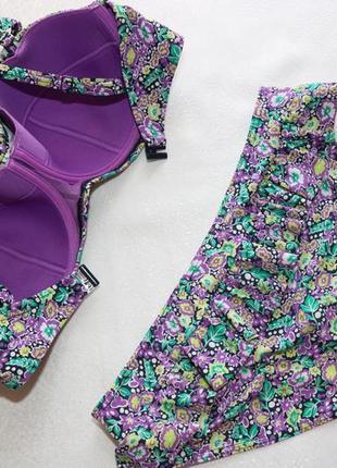 80е-36е (низ л)  игривый купальник в цветочный принт с воланами8 фото