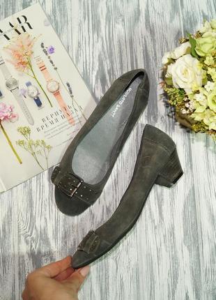 Roberto santi. замша. качественные туфли на удобном каблучке