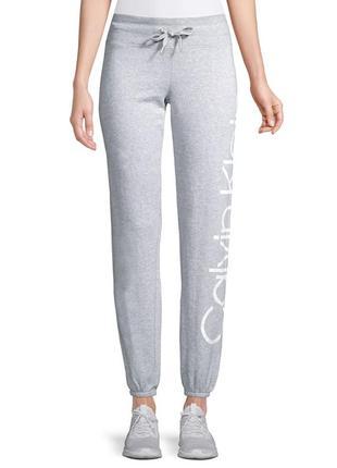 Спортивные штаны calvin klein. оригинал