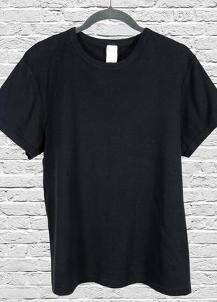 Однотонная футболка черная, оверсайз футболка однотонная черная1 фото