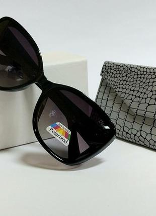 Женские очки черные с поляризацией в матовой  черной оправе