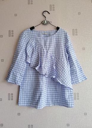 Светлая жатая блуза в клеточку