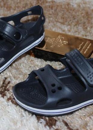Легкі сандалі розпродаж