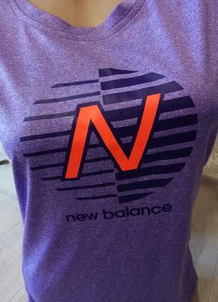 Спортивная футболка new balance