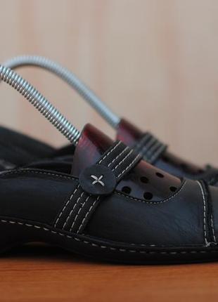 Черные кожаные туфли, балетки, босоножки clarks, кларкс. 36 размер. оригинал