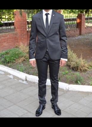Смокинг, костюм выпускной, свадебный