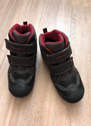 Демисезонные ботинки geox 32 размер