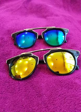 Очки солнцезащитные! женские! новые!