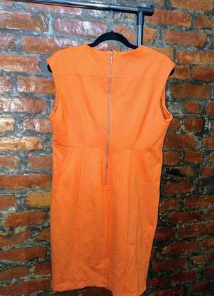 Сочное платье футляр прямого силуэта с v-образным  вырезом marks & spenser2 фото
