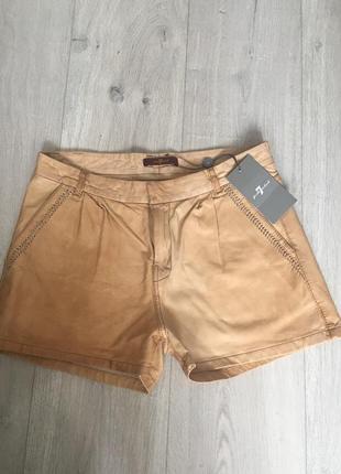 Шикарные кожаные шорты s-xs3 фото