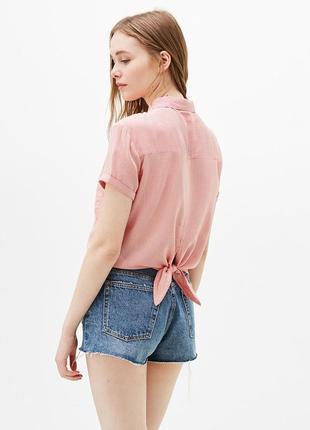 Рубашка с задним узлом bershka
