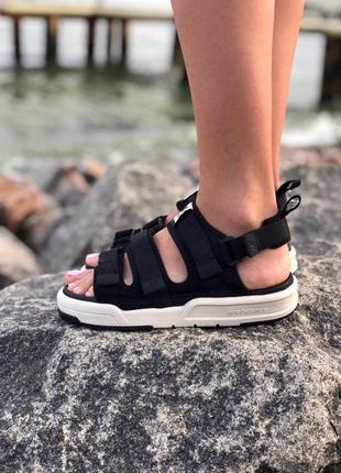 Стильные женские сандалии в черном цвете new balance (весна-лето-осень)😍4 фото