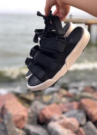Стильные женские сандалии в черном цвете new balance (весна-лето-осень)😍10 фото