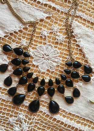 Металеве чорне золоте кольє в формі краплин accessorize