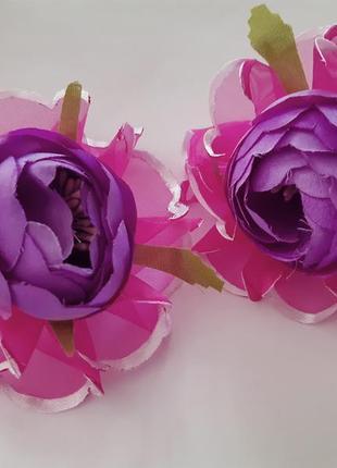 Роскошные фиолетовые цветы на резинке