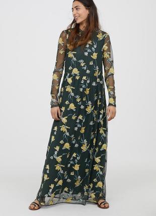 Кружевное платье с вышивкой!