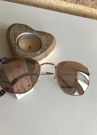 Очки солнцезащитные стильные модные gina benotti