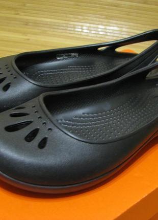 Балетки crocs; w6