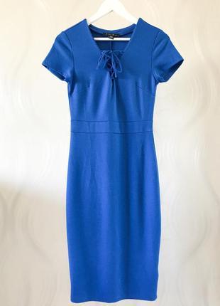 Облегающее платье миди со шнуровкой amisu
