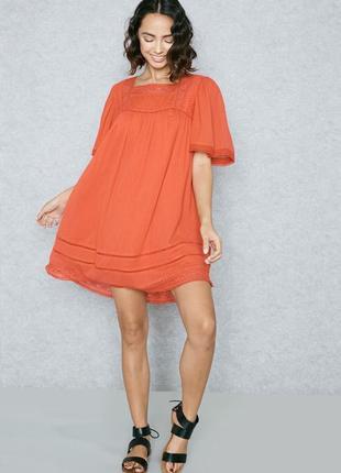 Оранжевое платье с кружевом zara