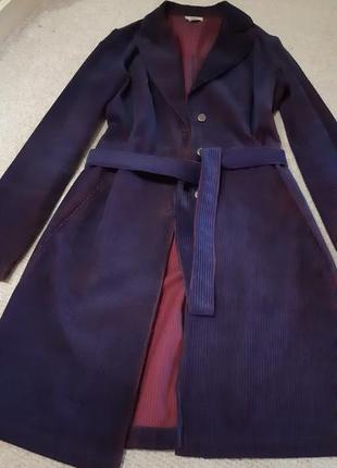 Легкое пальто пиджак плащ