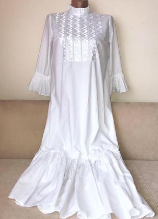 Дуже круте стильне плаття.