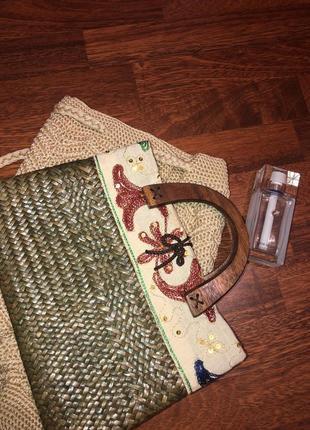 Бомбезная винтажная  сумочка с деревянными ручками ☘️тренд 2019☘️