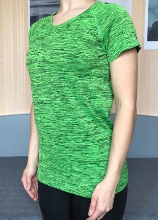 Спортивная футболка  размер l майка для фитнеса спрта