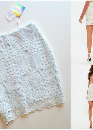 Красивая нежная кружевная юбка
