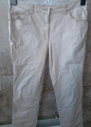 Brax. бежевые джинсы прямого кроя. размер xl