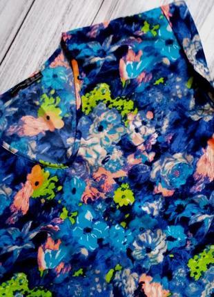 Красивая блуза в акварельный принт - цветы размер 14 (44-46)3 фото