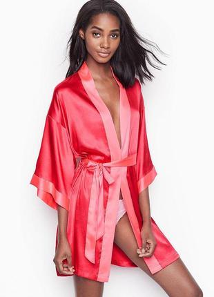 Короткий сатиновый халат-кимоно victoria's secret! размер xs/s, m/l 10369 10375