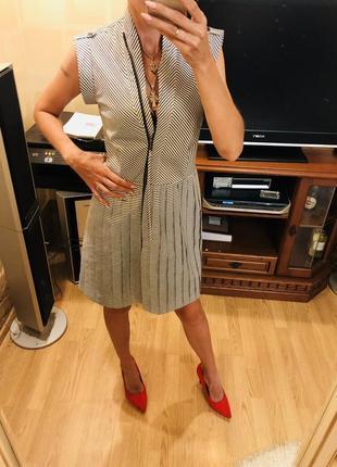Платье простота и стиль