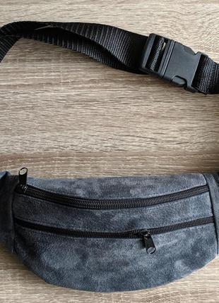 33de59296269 Стильная бананка натуральная кожа, модная сумка на пояс темно синий замш