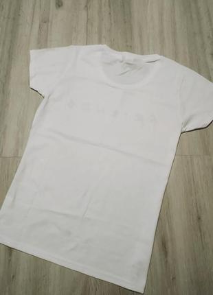 Женская футболка с принтом2 фото