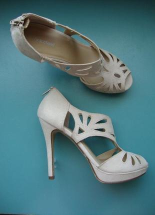 Нарядные босоножки туфли германия