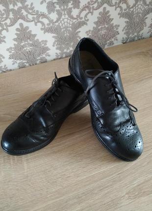 Классные классические кожаные туфли броги на мальчика 37р.