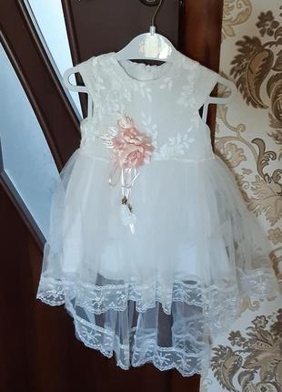 Нарядне дитяче платтячко