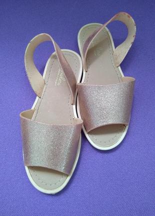 Силиконовые нюдовые босоножки сандалии нюд