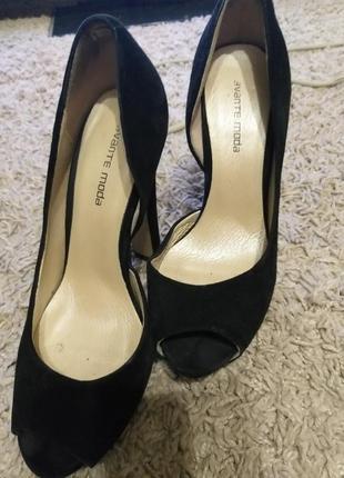 Продам туфли 37р