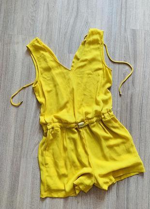 Комбинезон желтый шорты zara