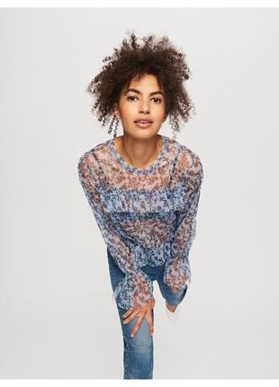 Новая блузка с цветочным принтом нежно-голубого цвета reserved голубая блуза в сетку