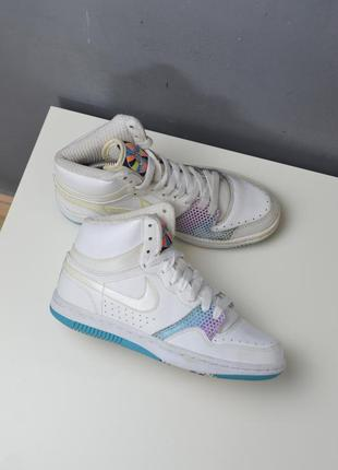 Крутые кроссовки nike court force high