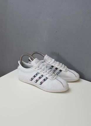 Крутые кроссовки adidas courtset