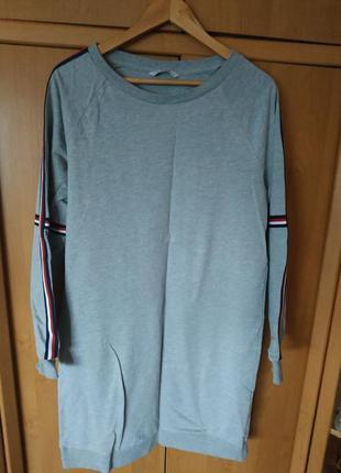Отличное спортивное платье-свитшот р. м от only