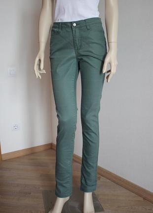 Стильные прямые джинсы средняя посадка vero moda