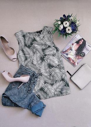 Стильная трендовая блуза от new look в пальмовых листьях.