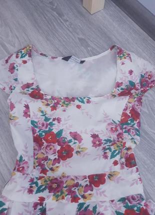 Хлопковое красивое платье на подкладке2 фото