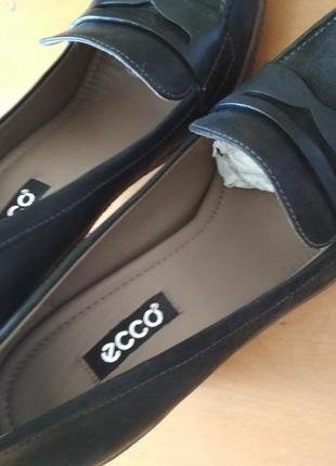 Туфли демисезонные eссо. новые. кожа. 38 размер