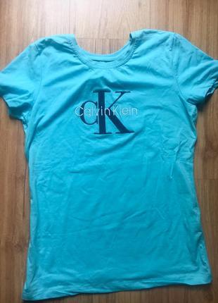 Женская футболка calvin klein3 фото